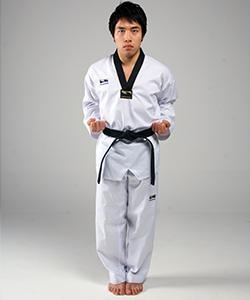 Dujumeok-heori-junbi (두주먹허리준비)